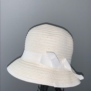 White The Children's Place Bucket Hat - 3T-4T